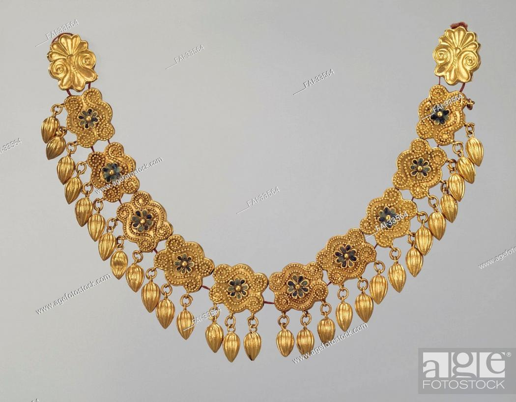 Stock Photo: Necklace with pendants by Ancient jewelry /Gold, enamel/Ancient Cultur/5th cen. BC/State Hermitage, St. Petersburg/L 18, 5/Objects/Object/Halskette mit Anhänger.