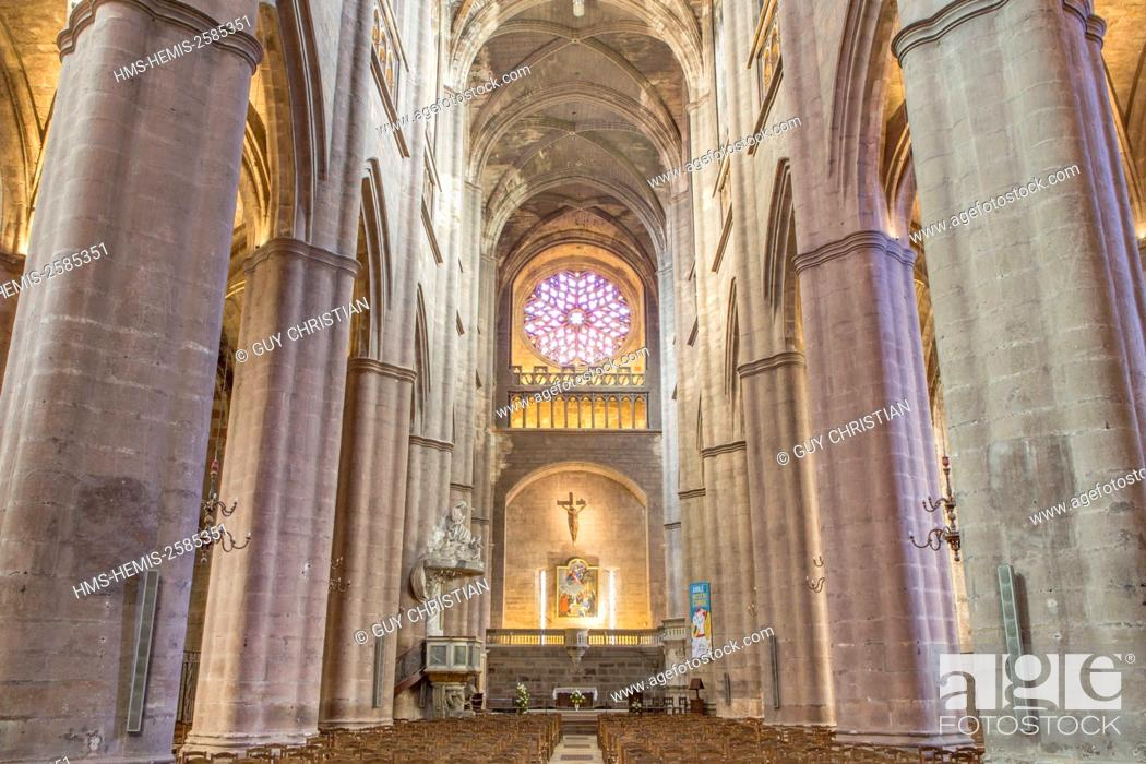 Stock Photo: France, Aveyron, Rodez, Notre Dame cathedral, 12th-16th century.