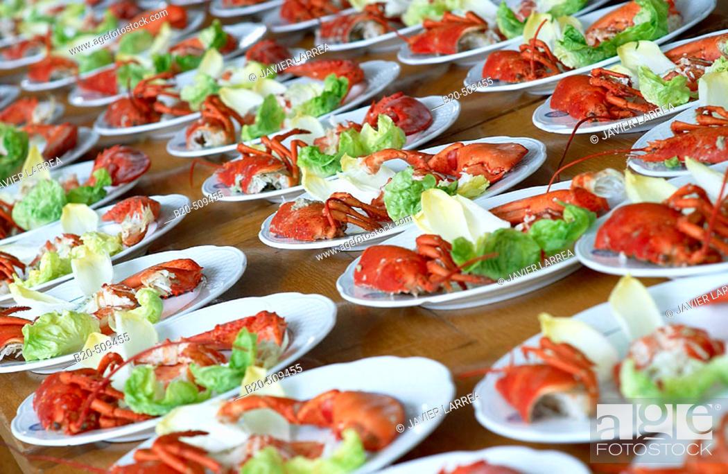 Stock Photo: Preparing dishes. Lobster salad. Gastronomical Society, Donostia, San Sebastián, Gipuzkoa, Euskadi. Spain.