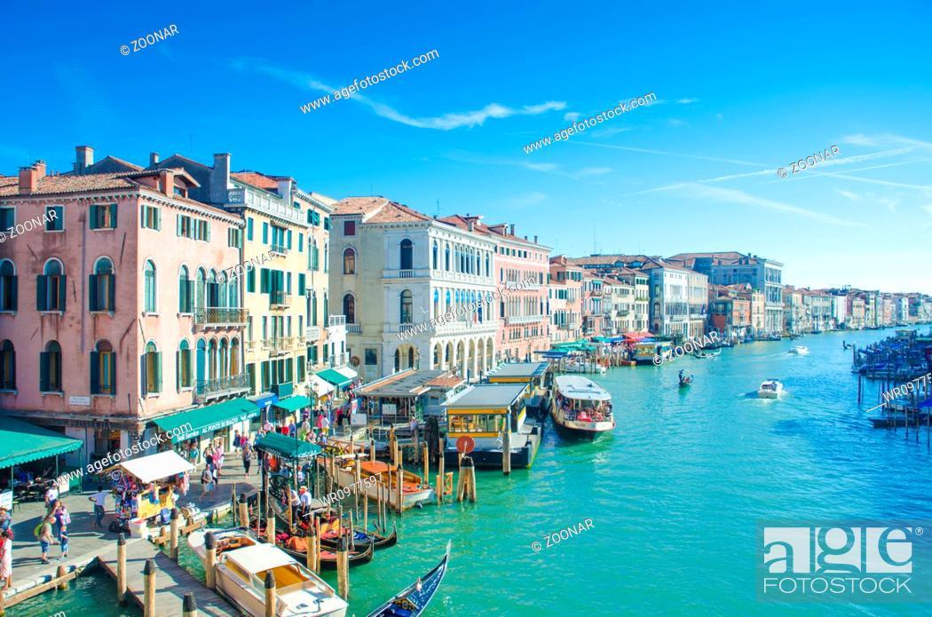Imagen: City views of venice in Italy.