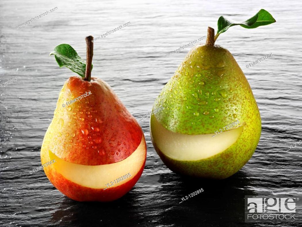 Stock Photo: Fresh whole smile pears.