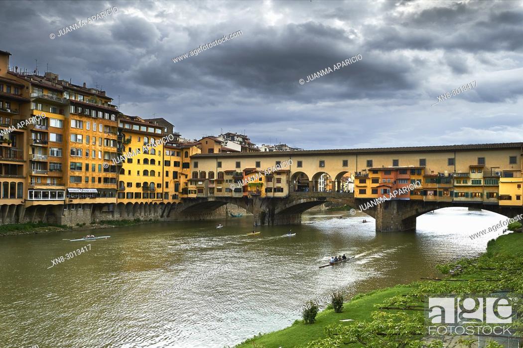 Stock Photo: Ponte Vecchio, Florence, Italia.