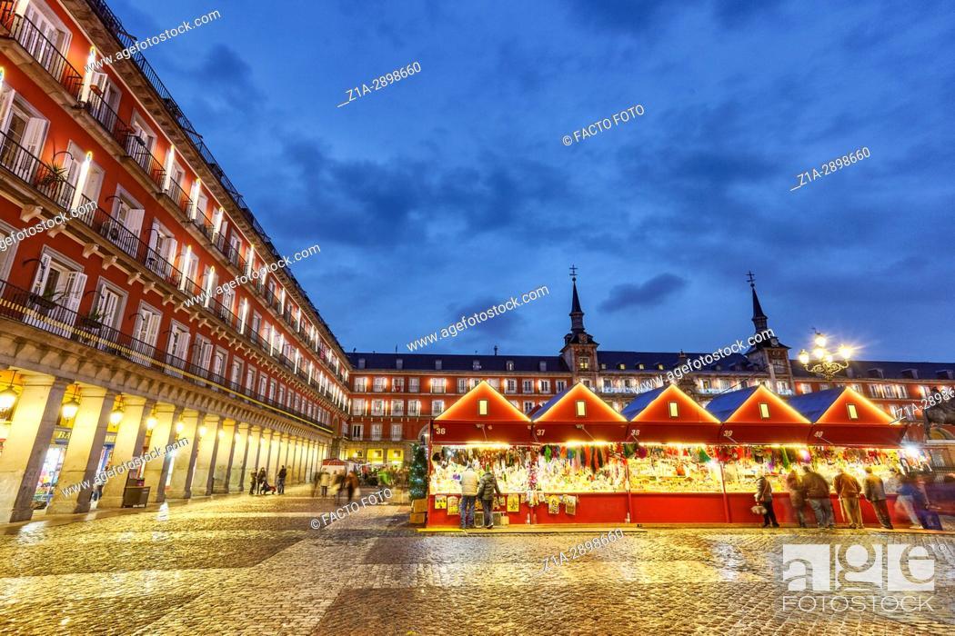 Stock Photo: Christmas Market in Plaza Mayor at Christmastime. Madrid. Spain.