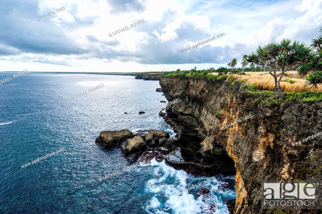Stock Photo: The rocky coast around Ha'ateiho, Tongatapu, Tonga, South Pacific, Pacific.