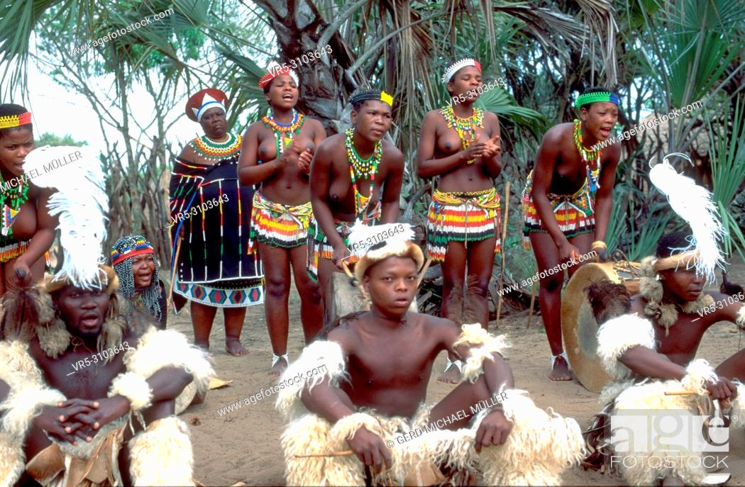 Stock Photo: South Africa: Zulu tribal peoples ceremony.