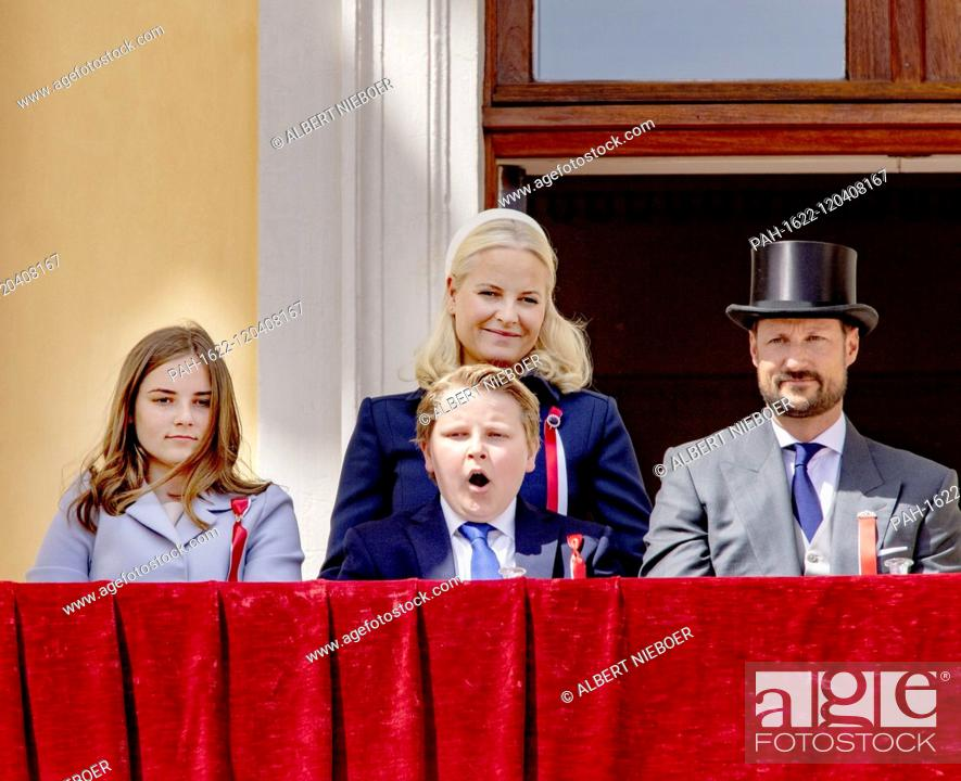 National Day Of Norway 17 05 2019 Norwegian Royal Family At The Balcony Of The Royal Palace In Oslo Stock Photo Picture And Rights Managed Image Pic Pah 1622 120408167 Agefotostock