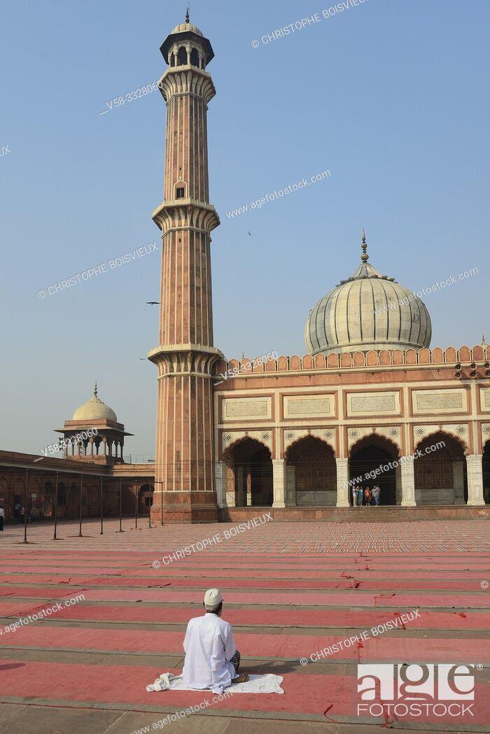 Stock Photo: India, Old Delhi, Jama Masjid mosque.