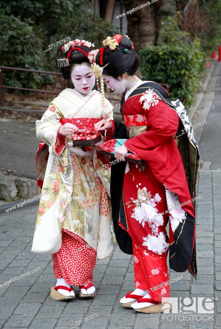 Stock Photo: Japan, Kansai, Kyoto, women in kimono.