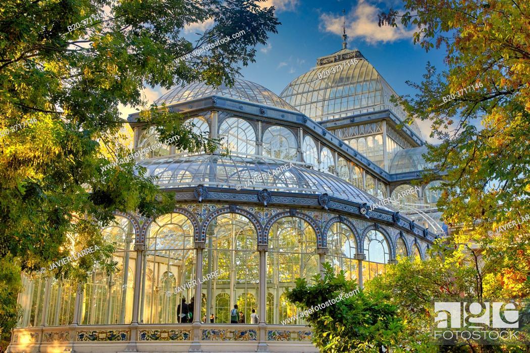Stock Photo: Palacio de Cristal, Parque del Retiro, Madrid, Spain, Europe.