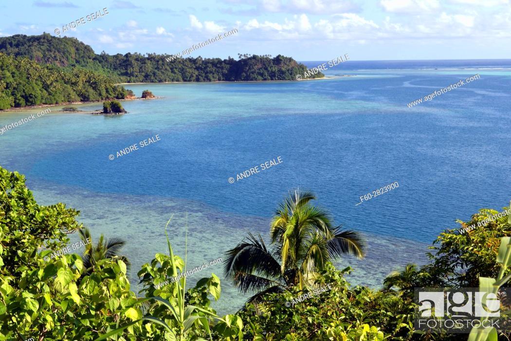 Stock Photo: View of Nukuatea Islet, Wallis Island, Wallis and Futuna, Melanesia, South Pacific.