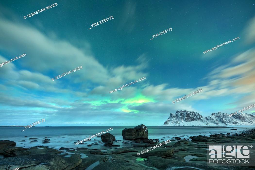Stock Photo: Uttakleiv Beach, Lofoten, Nordland, Norway, Europe.
