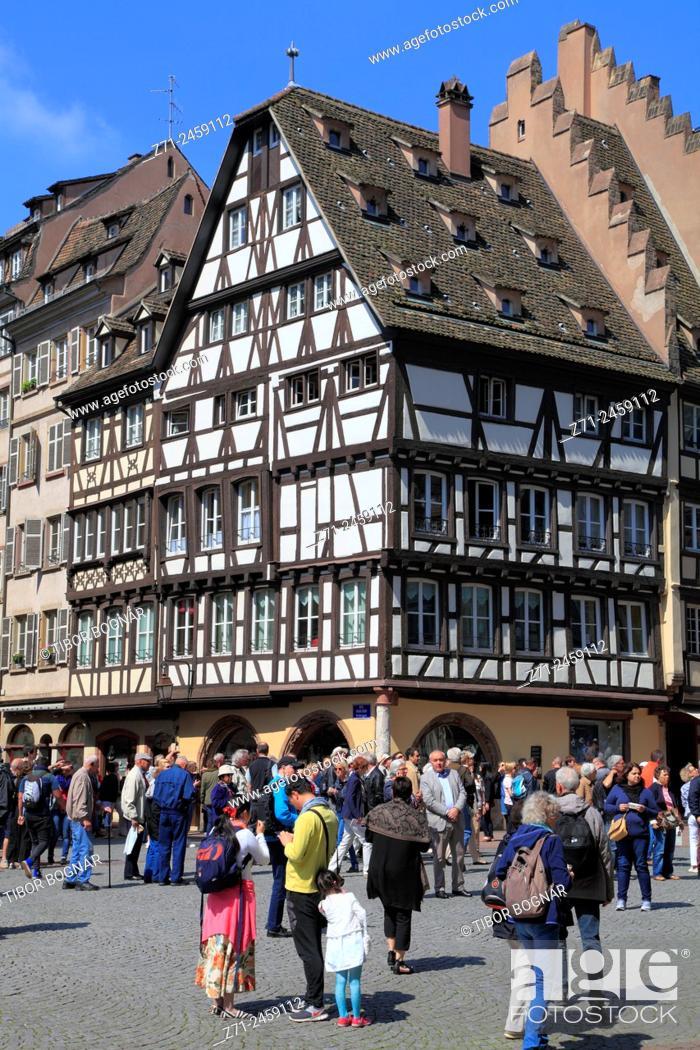 Stock Photo: France, Alsace, Strasbourg, street scene, people.
