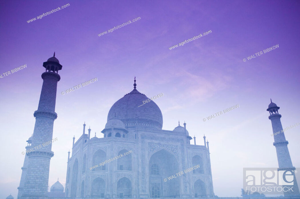 Stock Photo: Taj Mahal. Dawn with Fog. Agra. Uttar Pradesh. India.