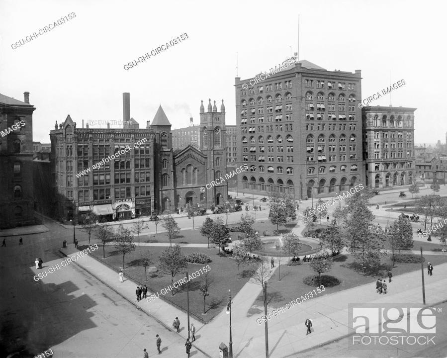 Stock Photo: Public Square, Cleveland, Ohio, USA, Detroit Publishing Company, 1908.