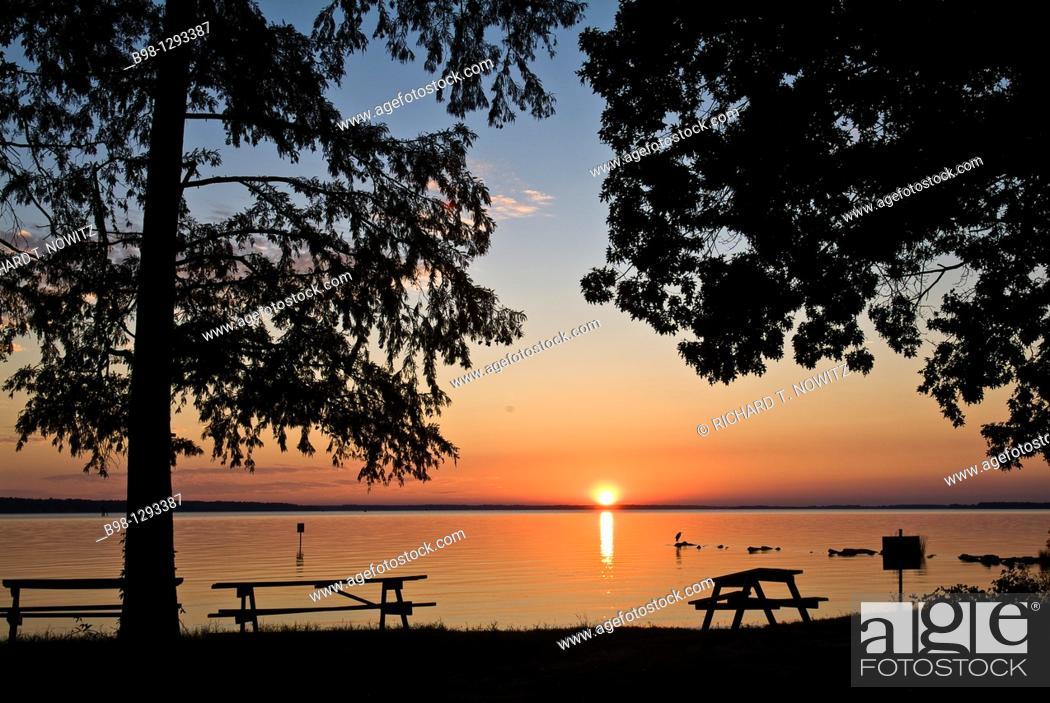 Stock Photo: Sunset over James River at Jamestown National Historic Site, virginia.