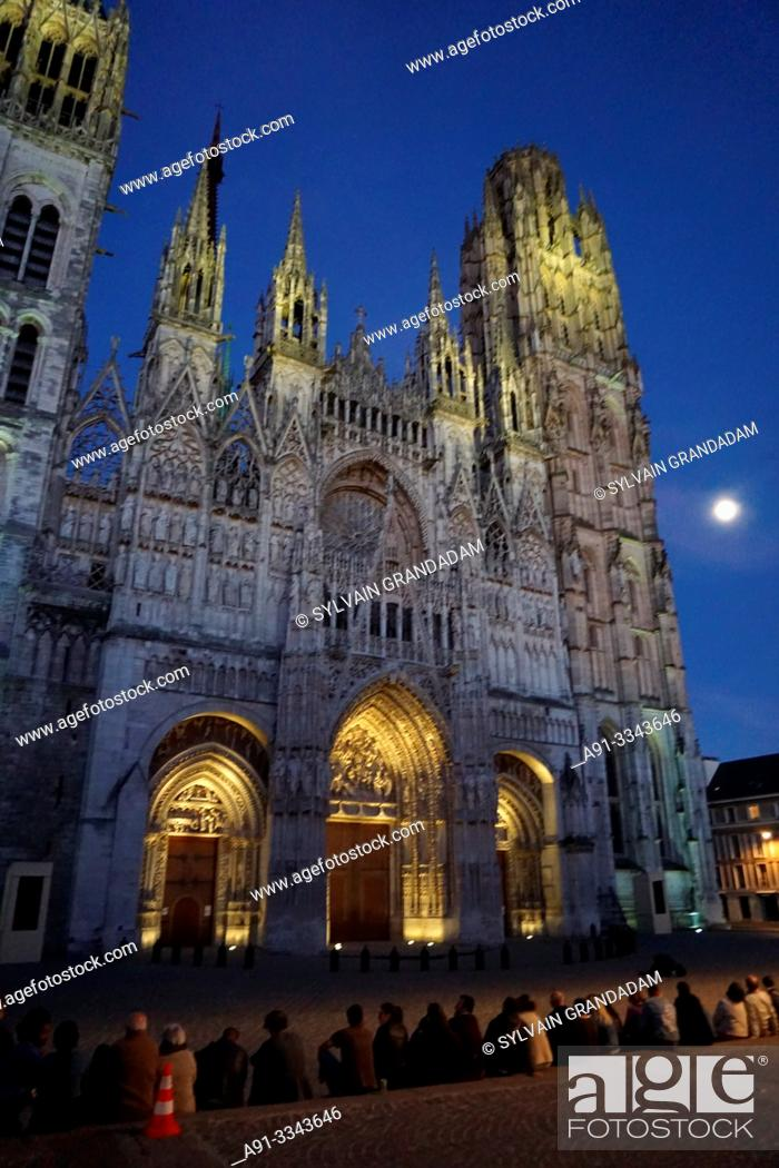 Stock Photo: France, Normandy, city of Rouen, the cathedral.