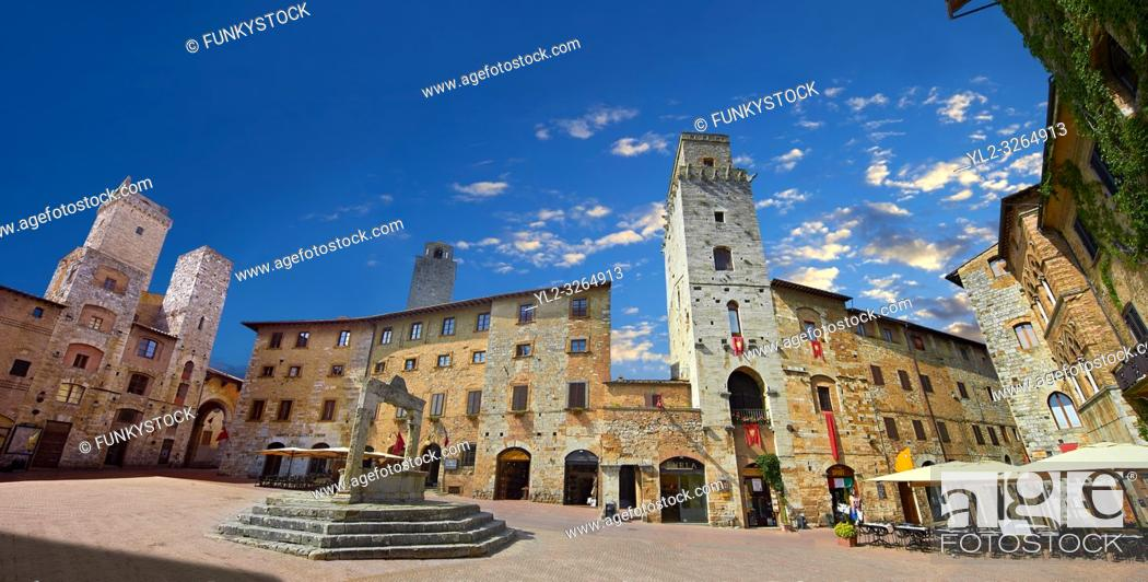 Imagen: Medieval buildings of Piazza della Cisterna, San Gimignano, Tuscany Italy.