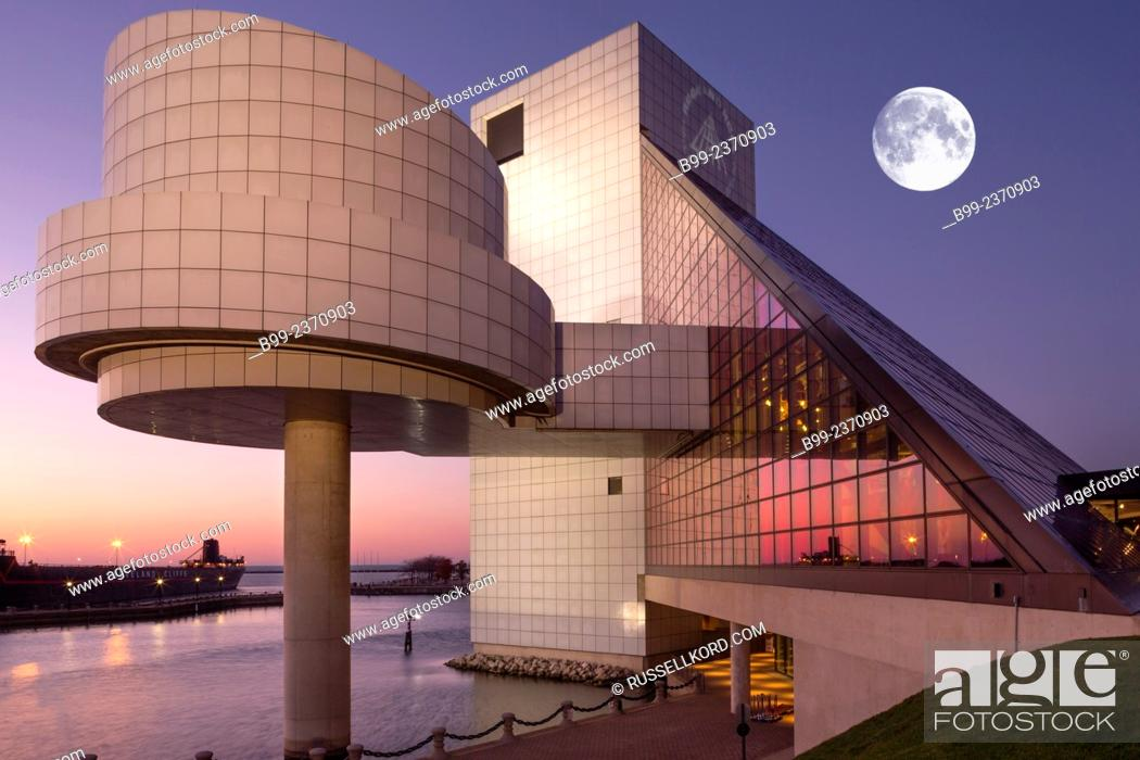 Stock Photo: Rock And Roll Hall Of Fame Downtown Cleveland Ohio Usa.