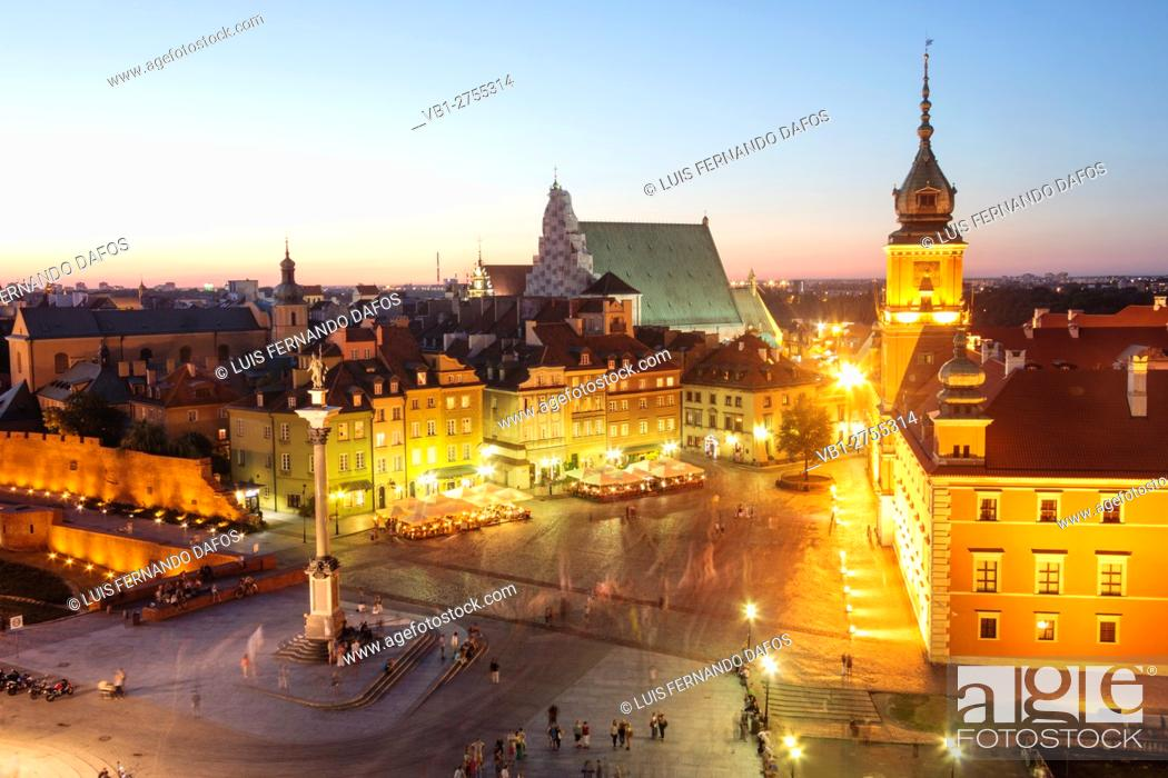 Stock Photo: View of the Old Town and the Royal Castle Square at dusk from St. Anne's Church tower. Warsaw, Poland.