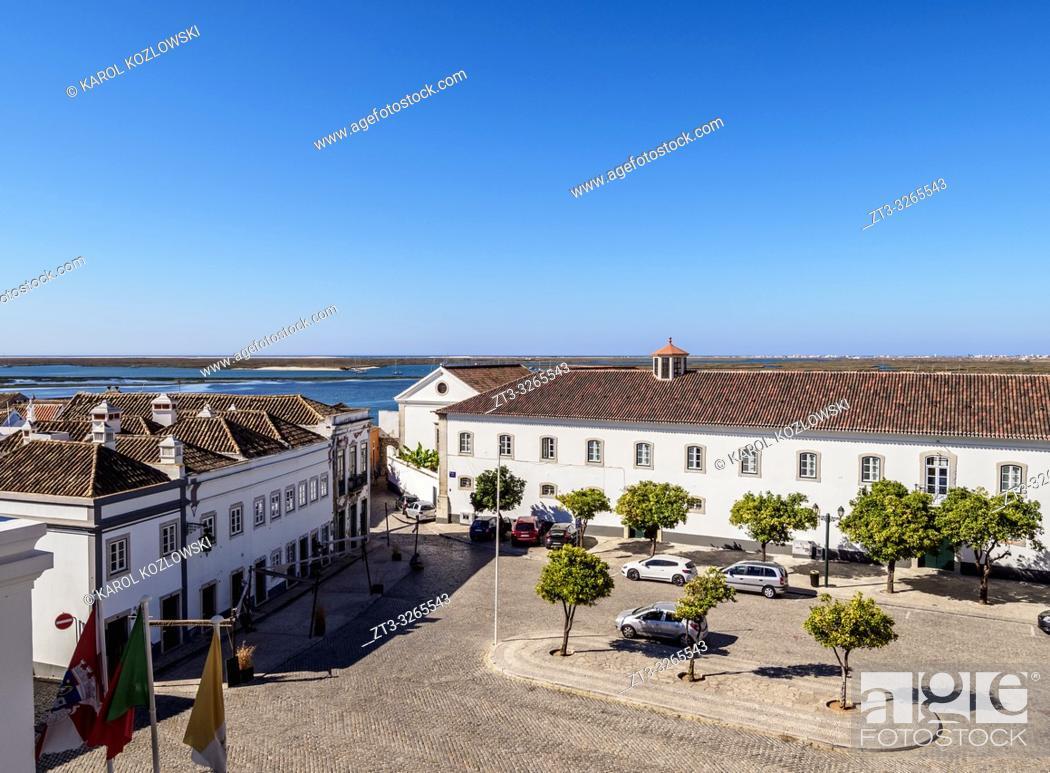Stock Photo: Largo da Se, elevated view, Faro, Algarve, Portugal.