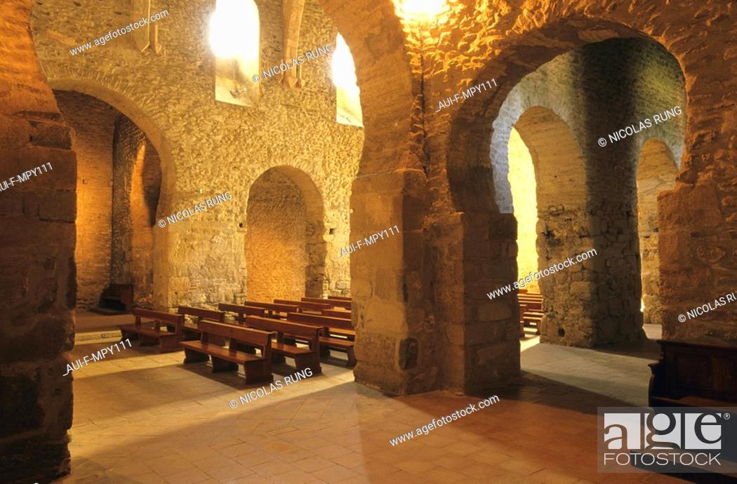 Stock Photo: France - Pyrenees Orientales - Transept - Abbaye de St Michel de Cuixa.