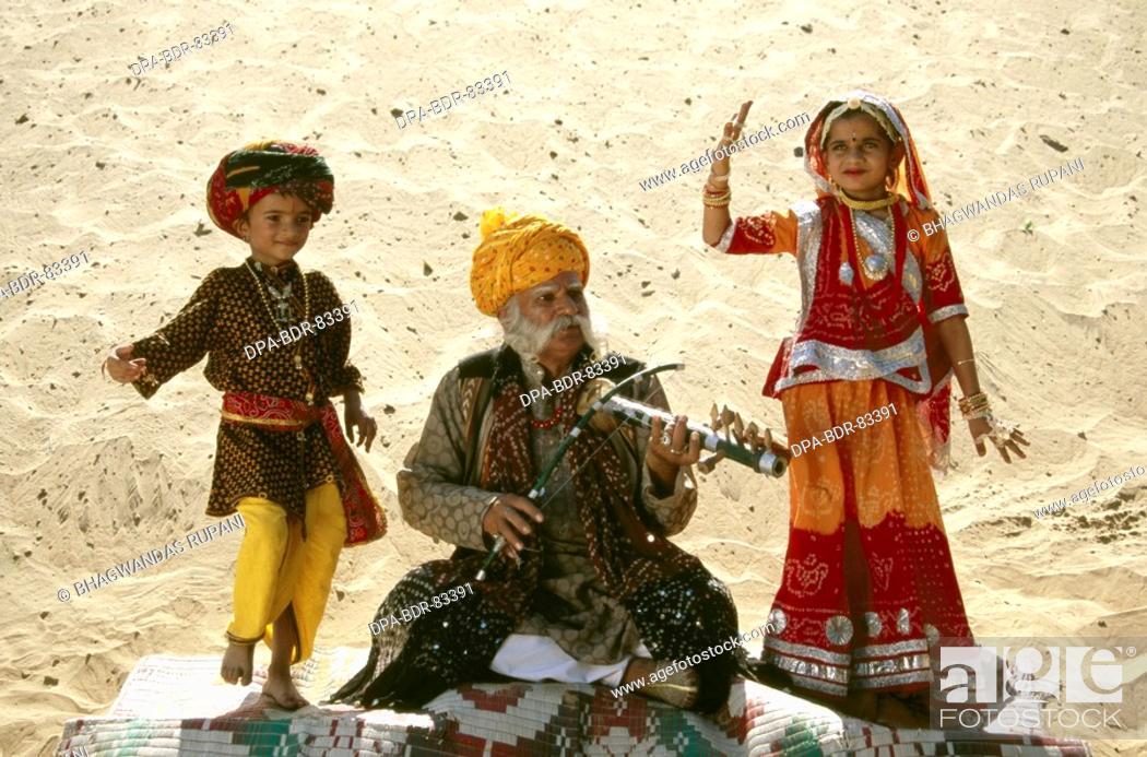 Imagen: folk musicians , rajasthan , india , MR  NO  657.