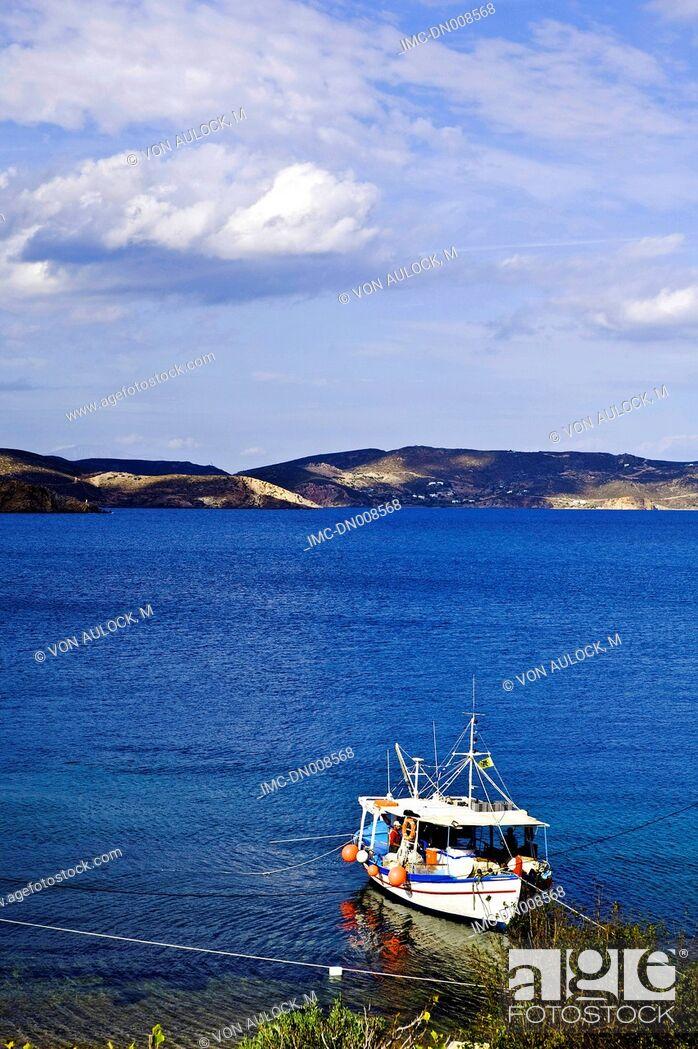 Imagen: Greece, Dodecanese, Patmos, fish boat.