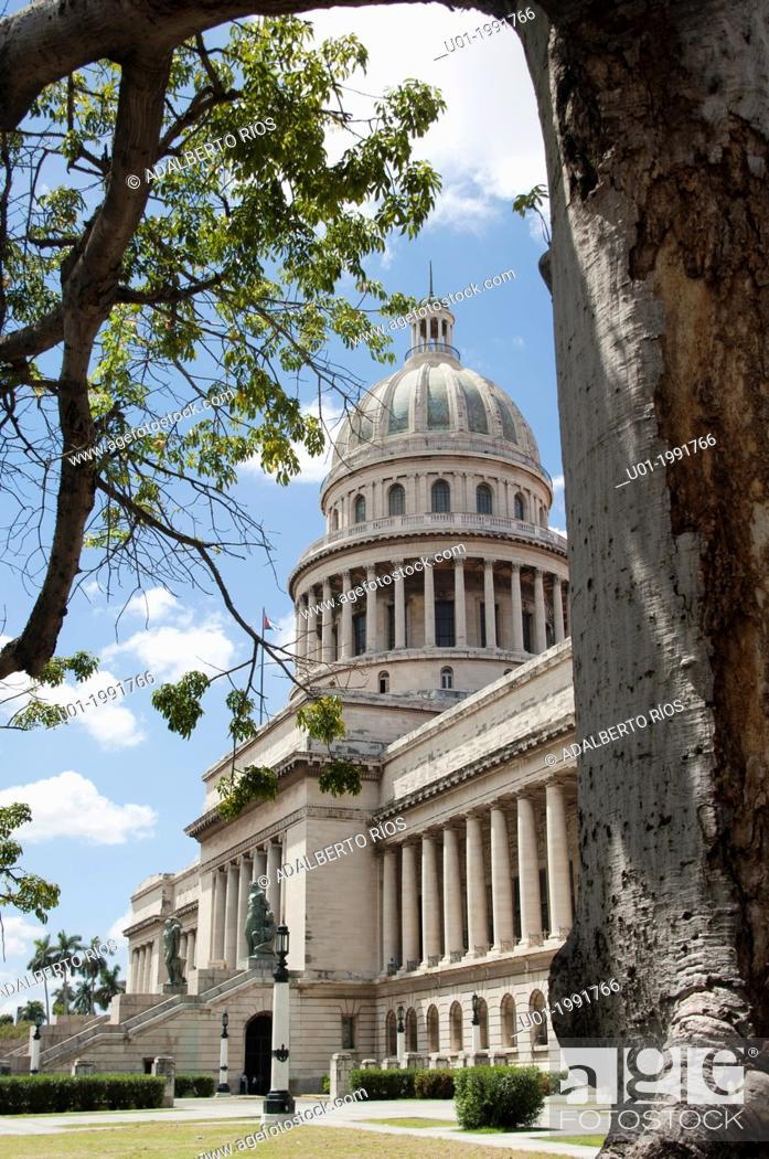 Stock Photo: The Capitol is a neoclassical building with a columnar facade and dome of 91.73 meters high. Make the km 0 of Cuban roads using a 25-carat brilliant belonged to.