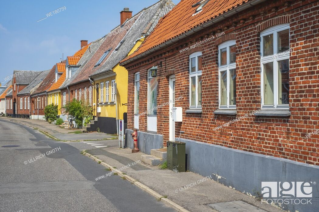 Imagen: Impressions from a side street in Stege, Moen Island, Denmark, Scandinavia, Europe. Impressionen von einer Nebengasse in Stege, Insel Mön, Dänemark.