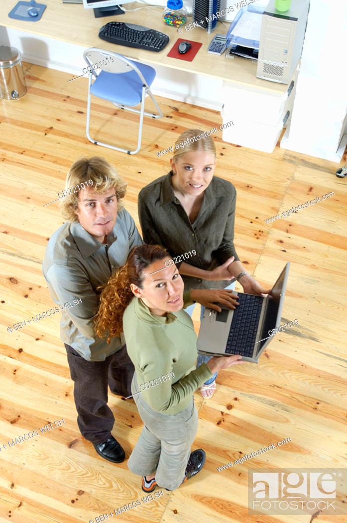 Stock Photo: Office, teamwork.
