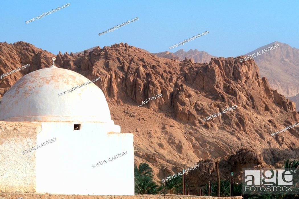 Stock Photo: Tunisia - The South - Chott el Jerid Region - Montain Oasis - Tozeur Region - Chebika Oasis.