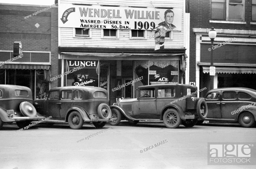 Stock Photo: Diner on Main Street, Aberdeen South Dakota, USA, John Vachon, Farm Security Administration, November 1940.