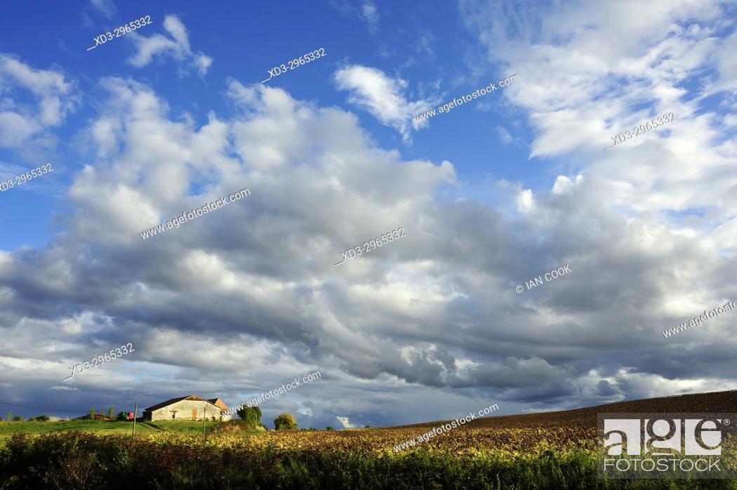 Stock Photo: farm near Lauzun, Lot-et-Garonne Department, New Aquitaine, France.