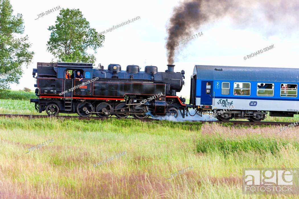 Imagen: steam train, Czech Republic.
