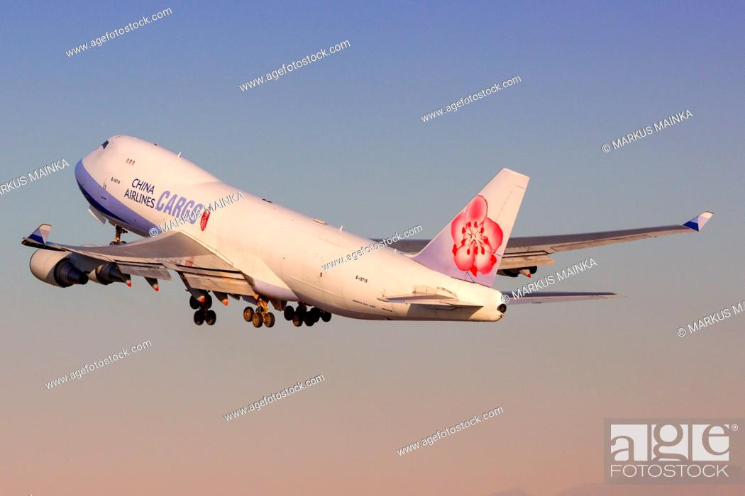 Los Angeles, USA - 20  February 2016: China Airlines Cargo