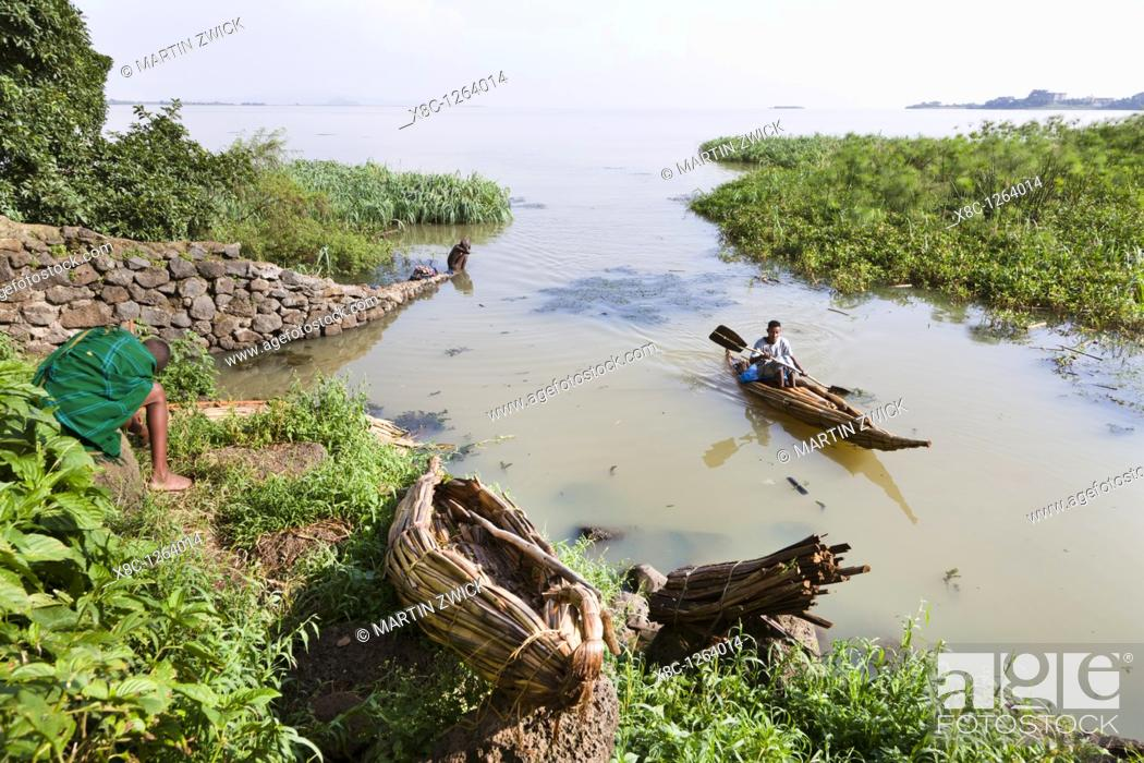 Stock Photo: Fishermen at Lake Tana, Ethiopia  The fishermen of Lake Tana are still using the traditional canoe like boats made from papyrus  These boats are called Tankwa.