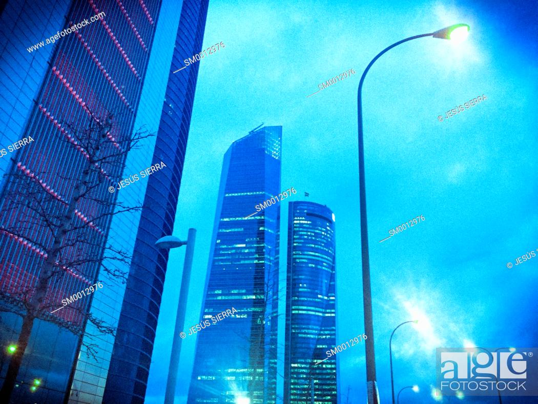 Imagen: Cuatro torres, CTBA, Paseo de la Castellana, Madrid, Spain.