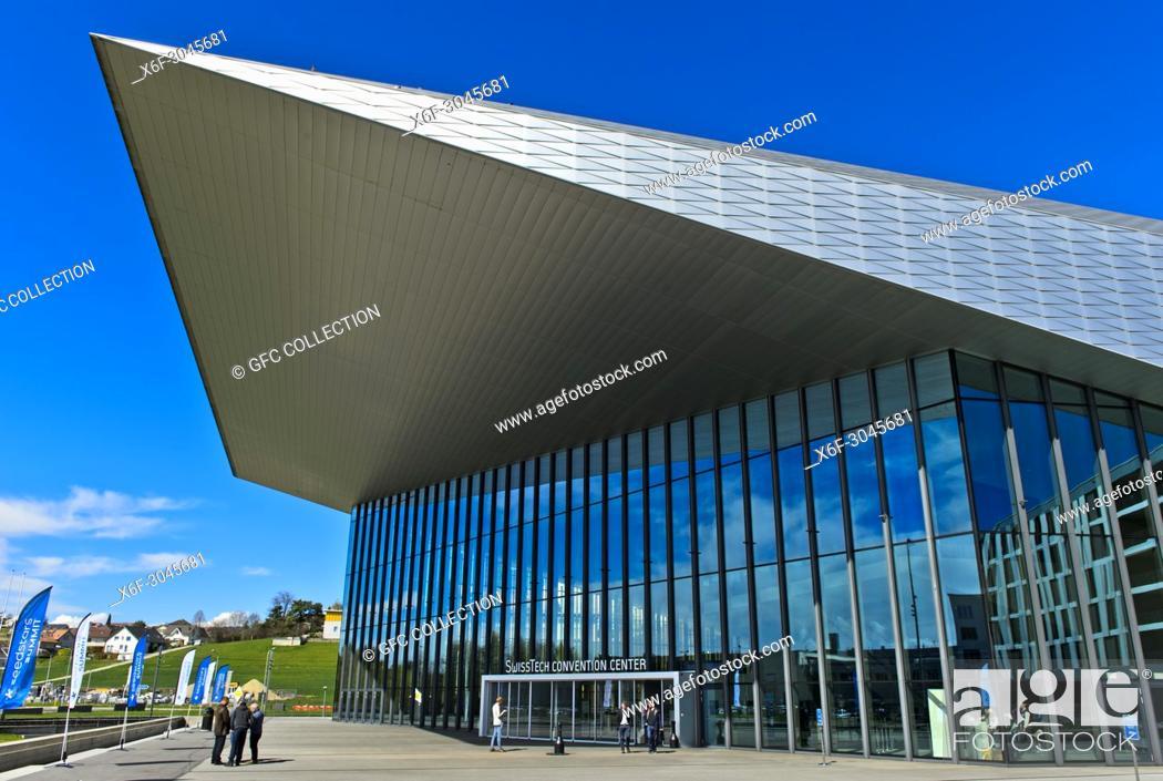 Photo de stock: SwissTech Convention Center, École polytechnique fédérale de Lausanne, EPFL, Lausanne, Switzerland.