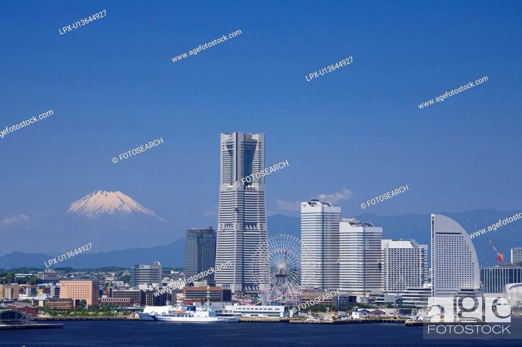 Stock Photo: Minatomirai.