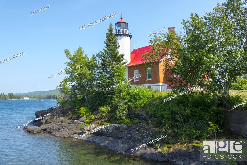 Stock Photo: Eagle Harbor lighthousein Eagle Harbor michigan on Keewnaw peninsula on lake superior.