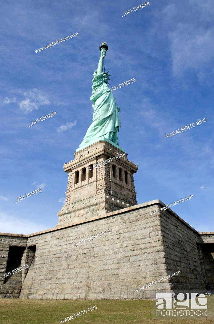 Stock Photo: Statue of Liberty, New York, USA.