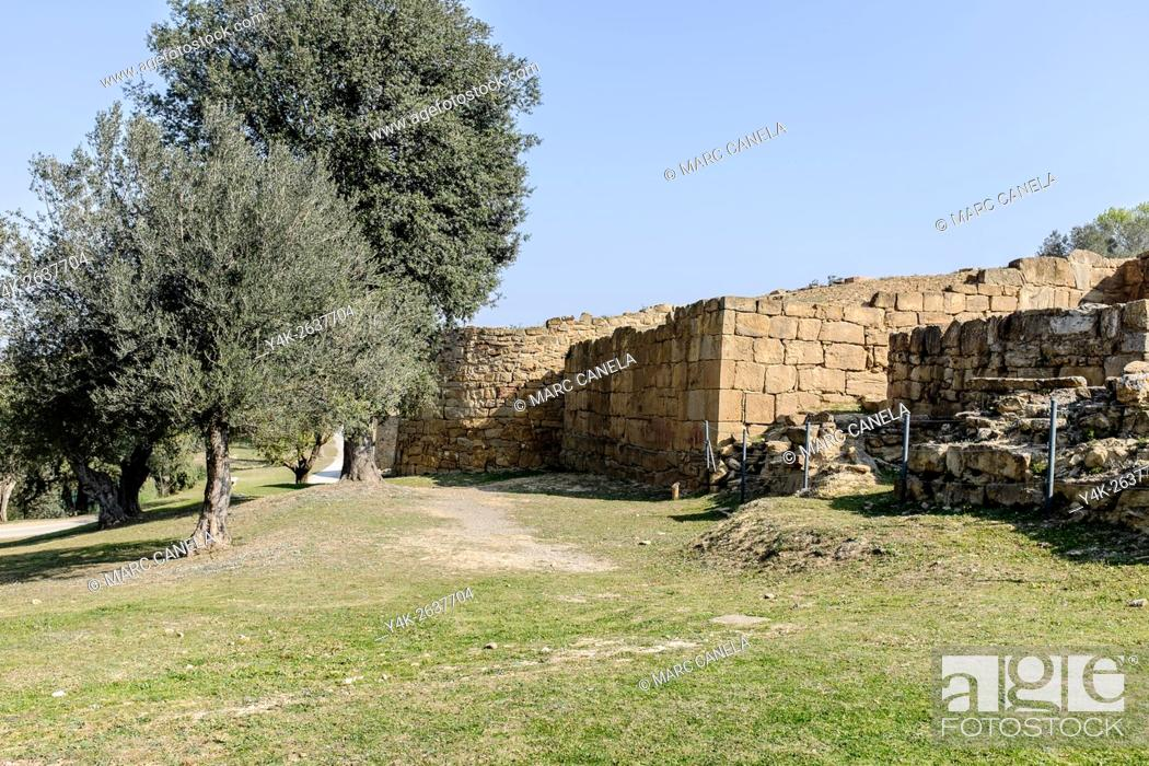 Stock Photo: Iberian settlement, Ullastret, Girona province, Catalonia, Spain.