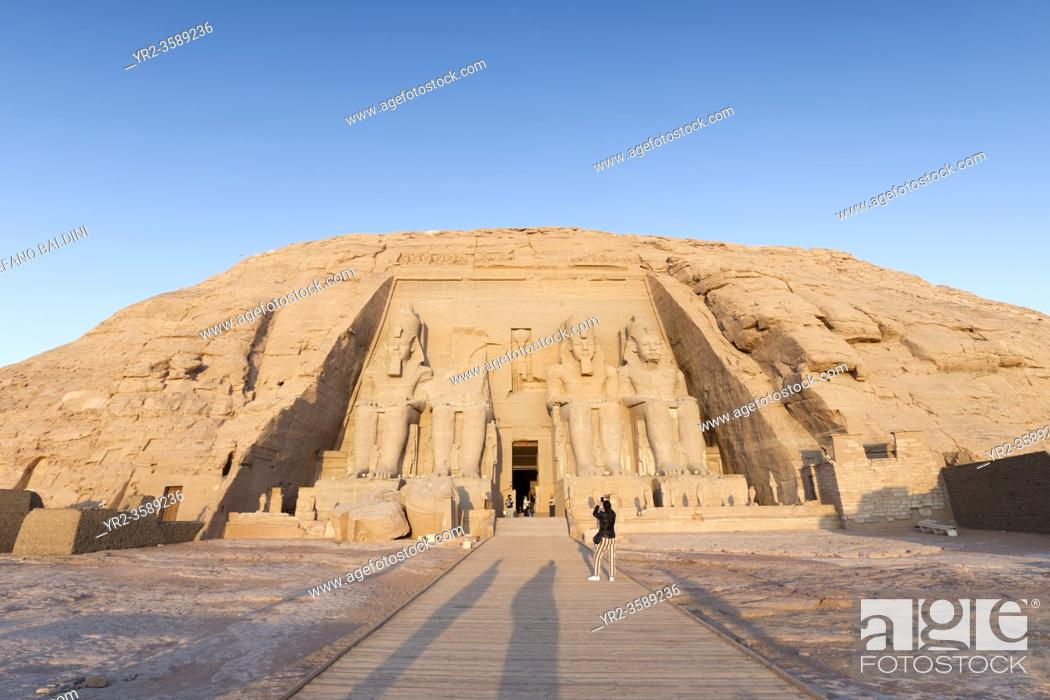 Imagen: The great temple of Ramesses II, Abu Simbel, Egypt.