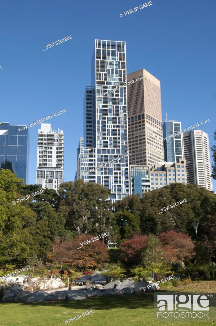 Stock Photo: CBD skyline from Treasury Gardens, Melbourne, Australia.