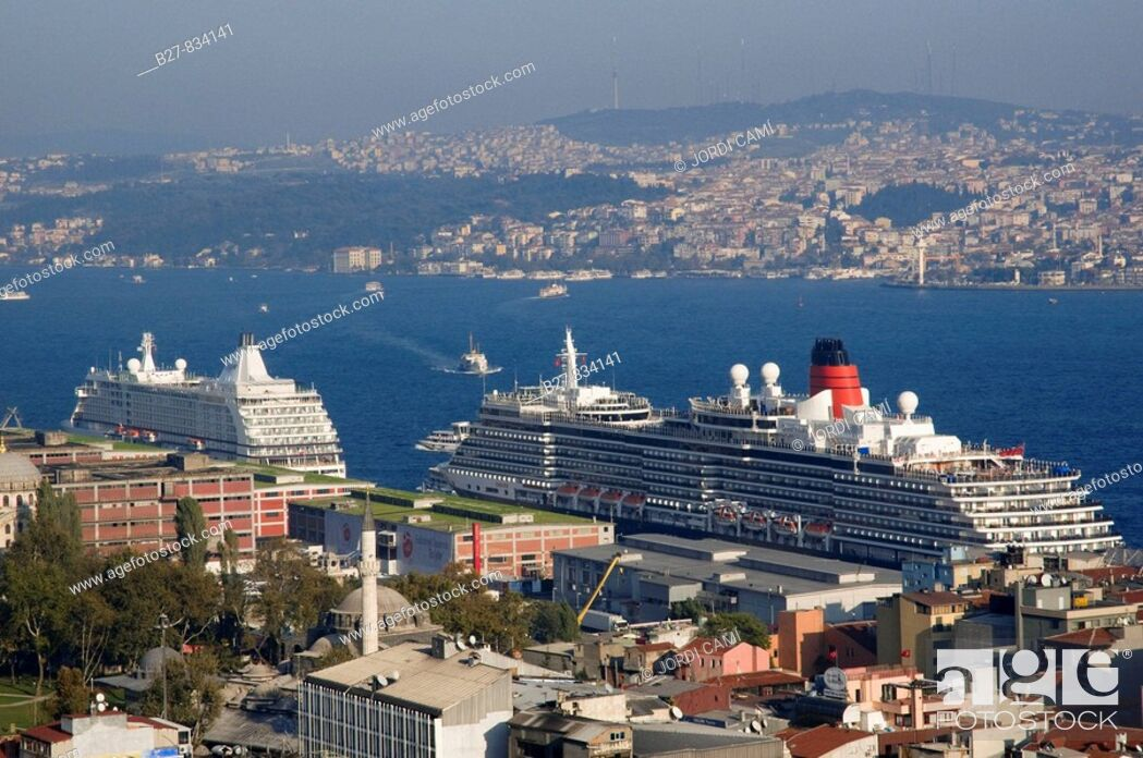 Stock Photo: View of Bosphorus from Galata Tower, Istanbul, Turkey.