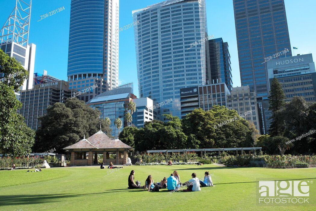 Stock Photo: Royal Botanic Gardens with a view of Sydney city centre, NSW, Australia.