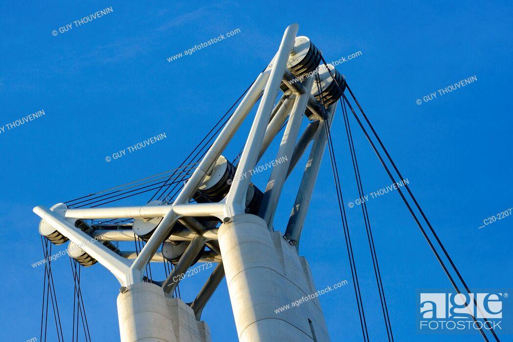 Stock Photo: Flaubert bridge (detail), Rouen Commerce Harbour, River Seine, Rouen, Upper Normandy, 76000, France.