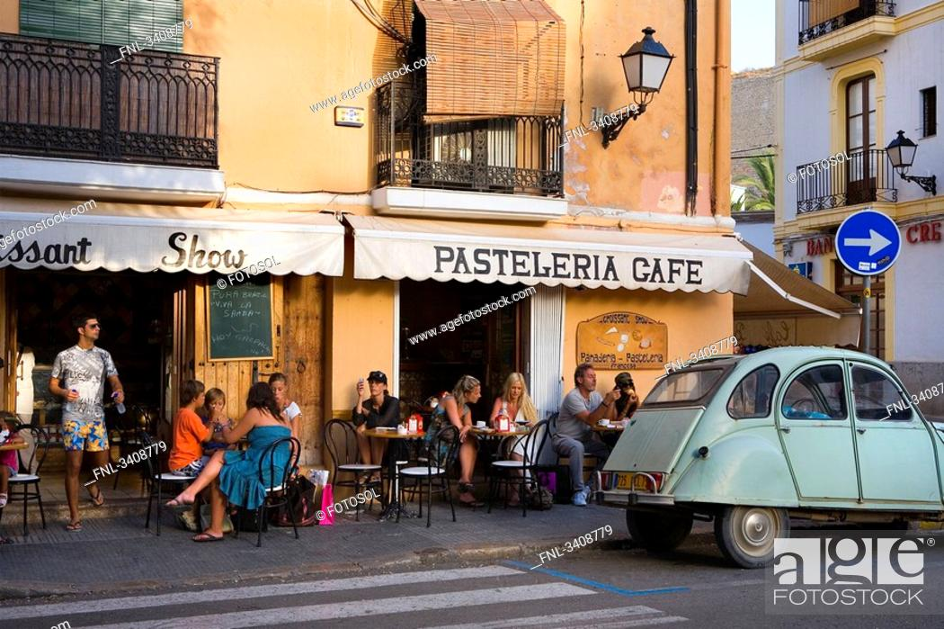Stock Photo: Pavement cafe in the old town, Ibiza City, Ibiza, Spain.