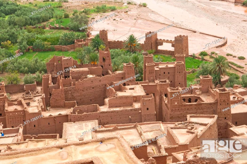 Stock Photo: View of the Ounila River and the fortified city of Ait Benhaddou Casbah near Ourzazate, Morocco.