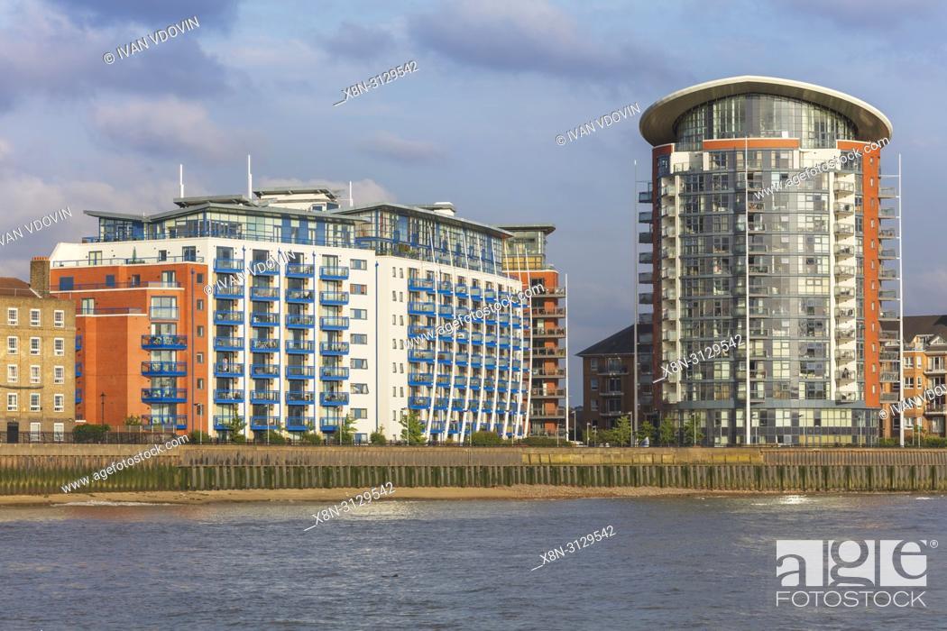 Imagen: Thames riverbank, London, England, UK.